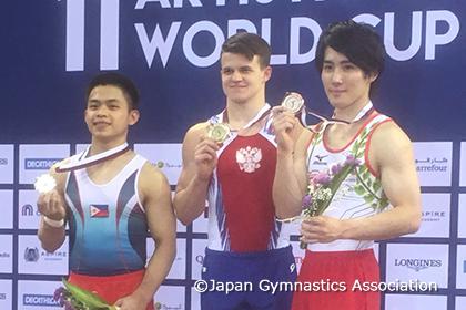 ドーハ種目別W杯決勝1日目、加藤がゆかで銅メダル